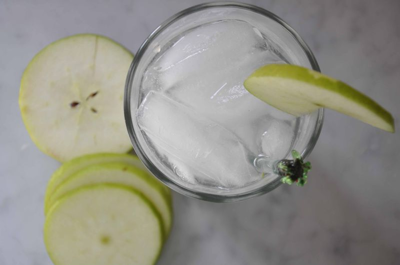 Green apple fizz