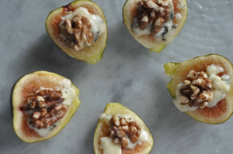 Figs with roquefort and walnuts