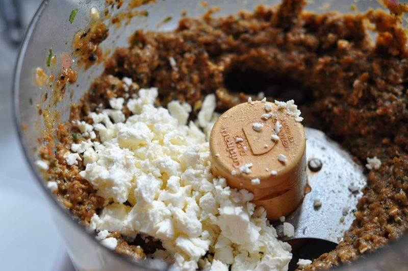 Dip with feta