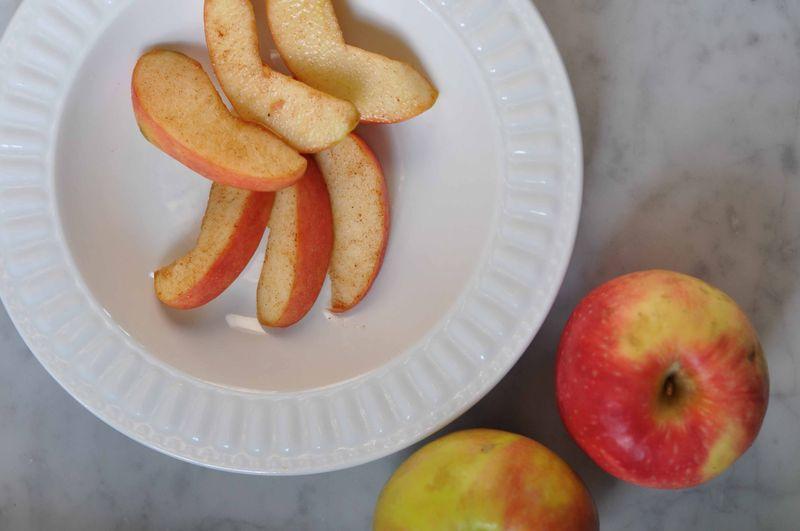 Chloe's Cinnamon Apples