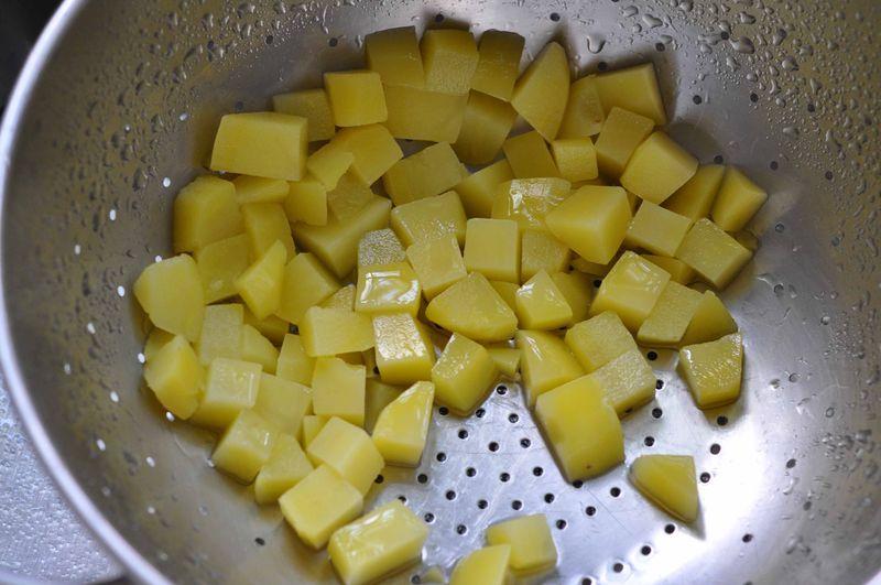 Potatoes, cubed