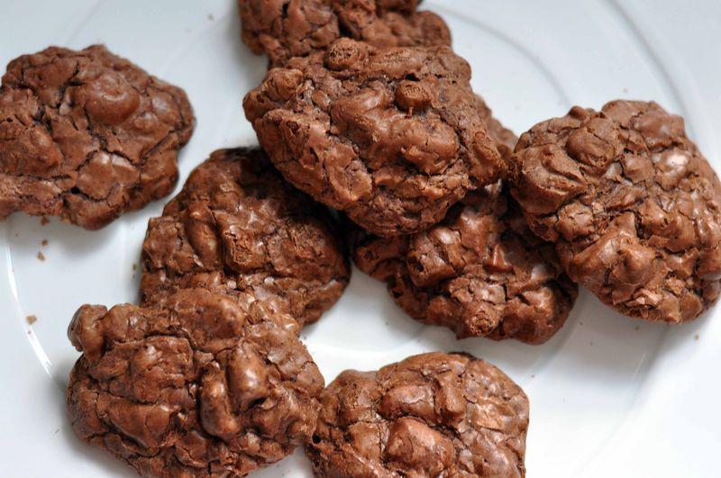 Dark chocolate pecan cookies 1
