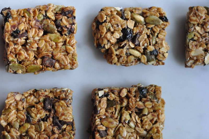 Cherry dark chocolate chip granola bars
